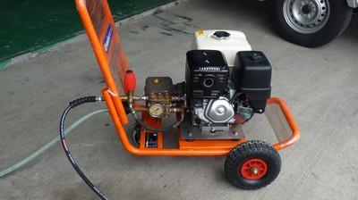 引擎高壓機 - 和興科技噴霧有限公司