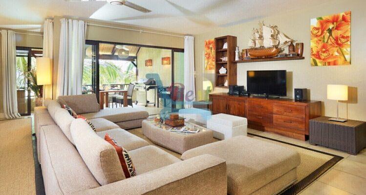 Bel Azur Beach Penthouse Living room