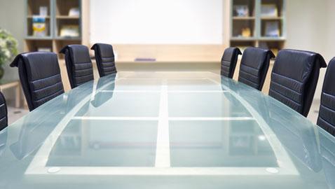 HSBC board member to retire