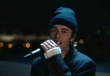 VIDEO: Justin Bieber - 2 Much (Live From Paris)