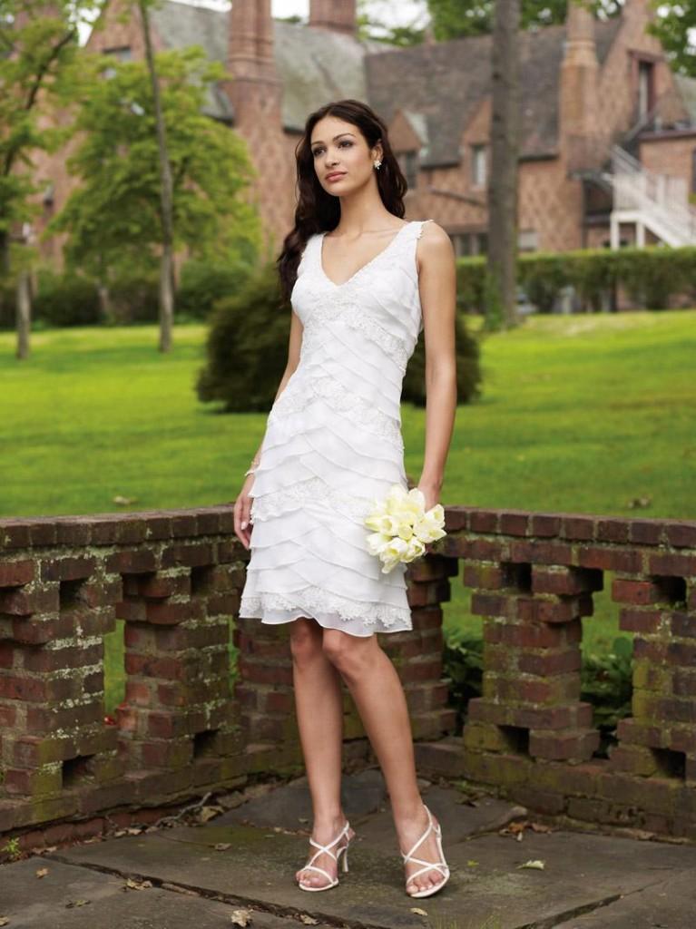 Informal Wedding Dresses In 10 Fashionable Styles