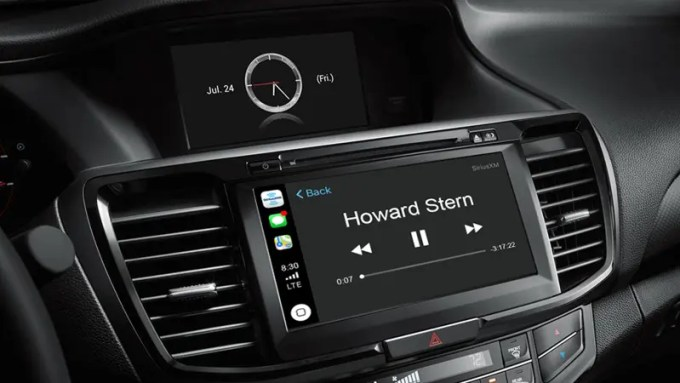 Apple CarPlay Entertainment