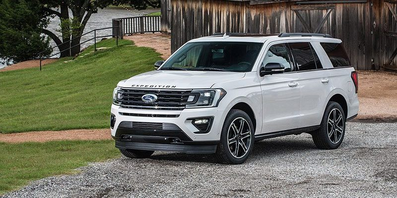 2019 Ford Expedition Stealth Edition. Go Big Under the Radar in Luxury!