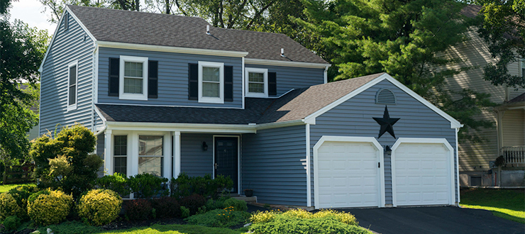 Should You Put New Vinyl Siding on Your Home? - Best ... on Modern Vinyl Siding  id=90798