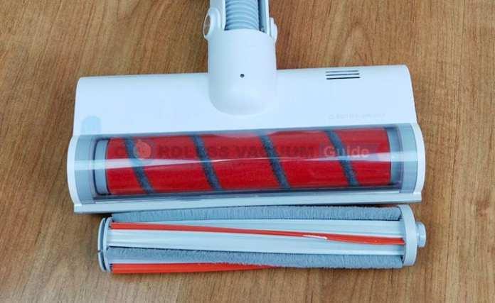 Roidmi F8 temizleme başlığı ve iki fırça