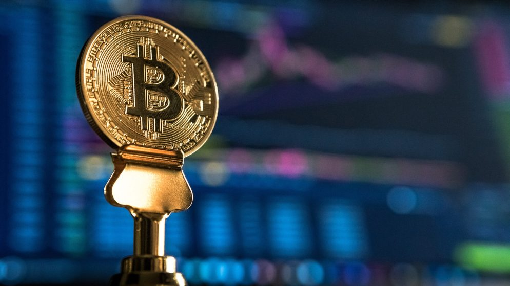 Bloomberg foresees Bitcoin's price to $400.000 this year