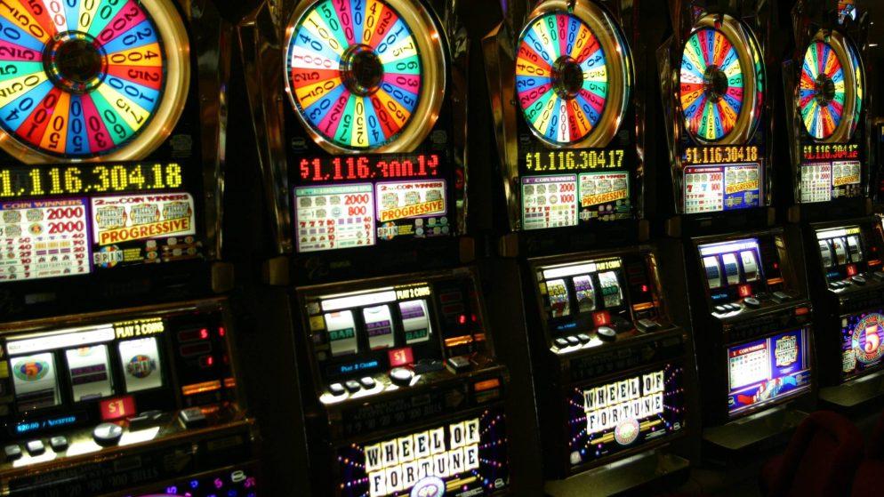 Types of slot machine games