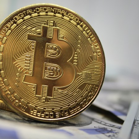 Bitcoin price reached more than $40.000