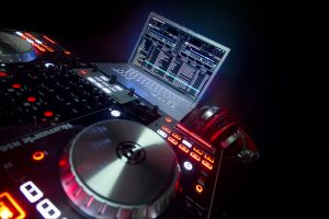 numark ns6 digital turntables