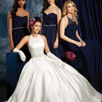 Most popular wedding dress necklines for different body types