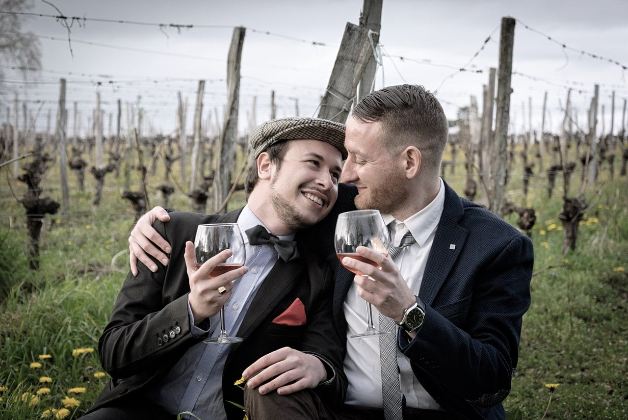 The ultimate checklist on how to prepare a gay wedding