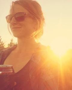 lindsi best gluten free beers sunset