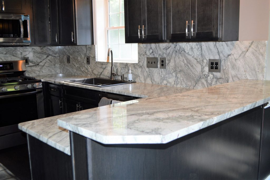Kitchen in Granite Countertops with Full Backsplash - OZ ... on Best Backsplash For Granite Countertops  id=60643
