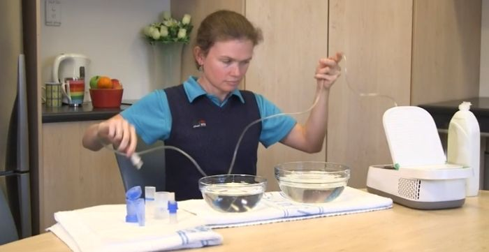 how to clean nebulizer parts