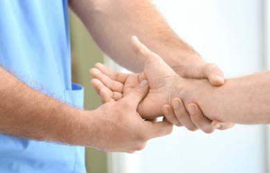 5 Major Causes of Wrist Pain