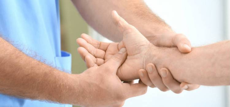 5 Major Causes of Wrist Pain