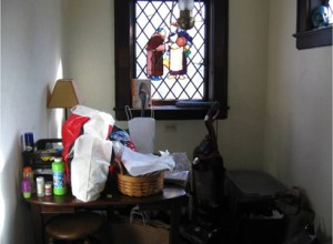 tudor_breakfast nook_before
