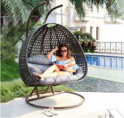 Island Gale Luxury 2 Person Wicker Swing