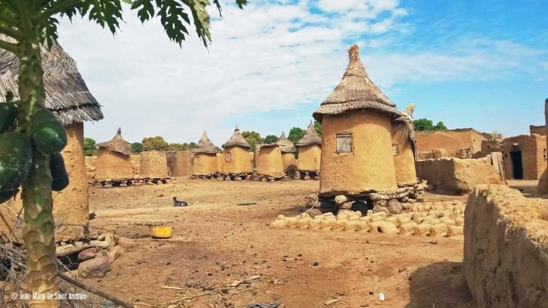 Doudou-Burkina-faso-village