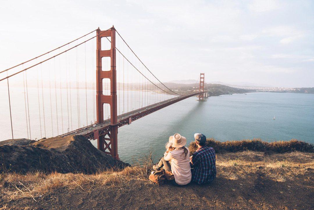 Golden Gate au lever du soleil