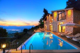 Nature Villa for rent with private pool in uzumlu kalkan