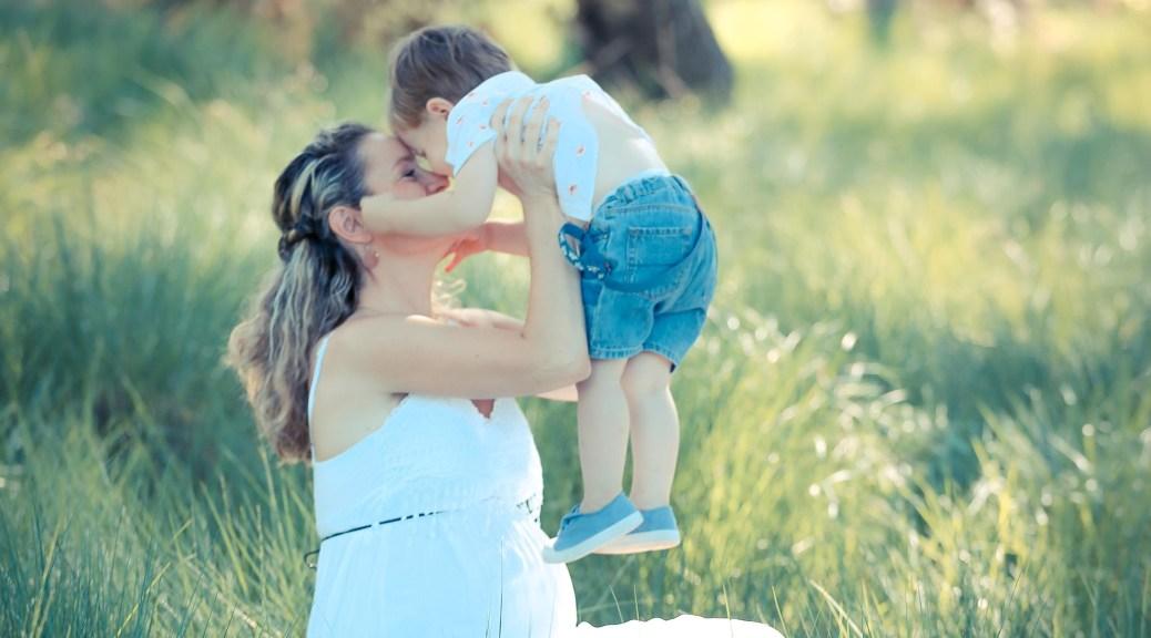 mama en zoon - brief aan mijn eerstgeborene