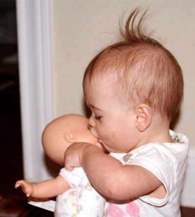 https://i1.wp.com/www.bestkisses.com/images/2007/10/28/kissing_baby.jpg