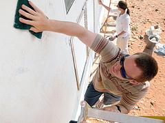 Volunteers scour Djiboutian school