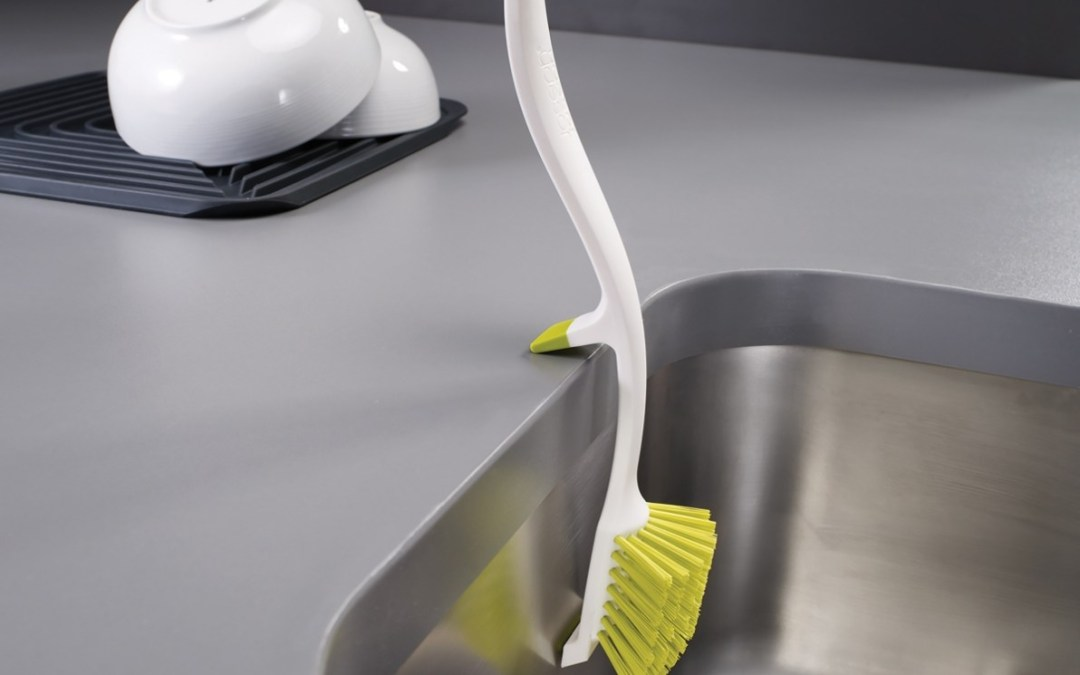 How to Keep Your Dish Brush Clean and New