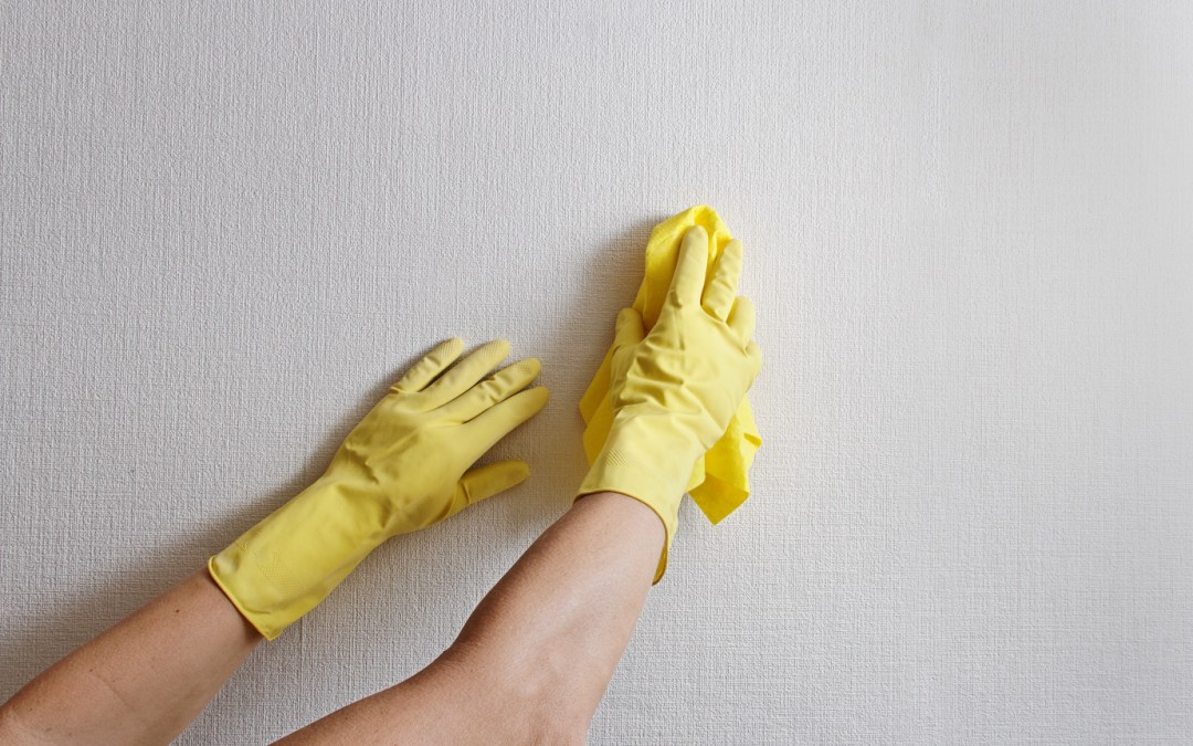 How to Remove Hairspray from Walls