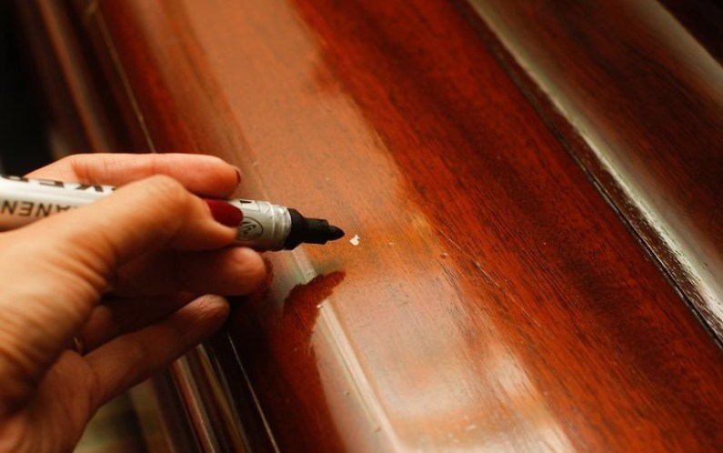 How to Fix Scratches on Wood Furniture in 3 Easy Steps