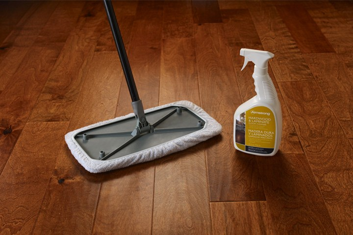 HOW TO CLEAN LAMINATE WOOD FLOORING