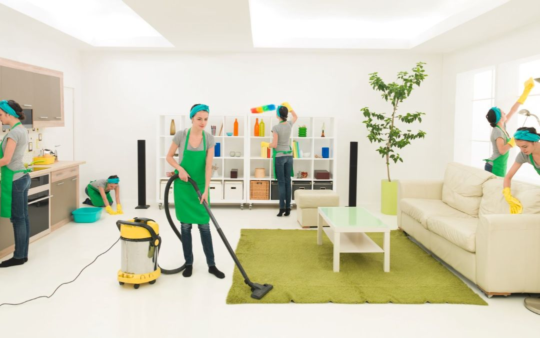 What to Expect from Your First House Cleaning Service Visit