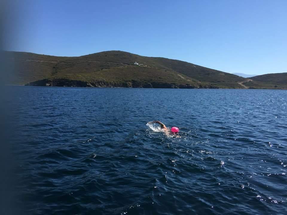 Για πρώτη φορά στη Νήσο Παναγιά κολυμπώντας| Συμβολικός Διάπλους