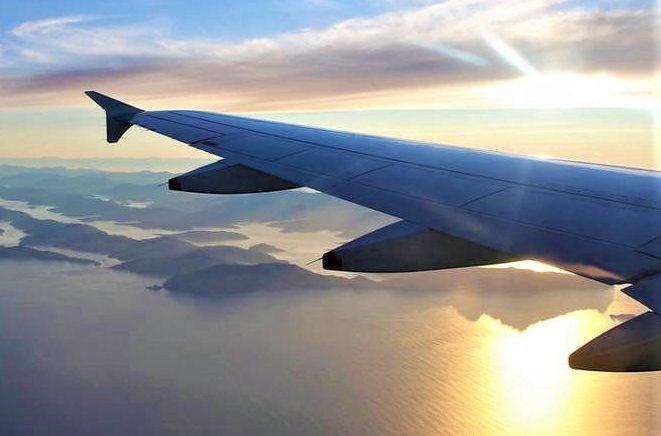 Ταξίδι στην Πάρο με αεροπλάνο