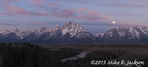 Web Moon Over Teton Range1_Oct19