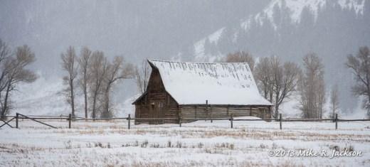Web Moulton Barn Dec23