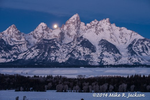 Web Moon Teton View Jan17