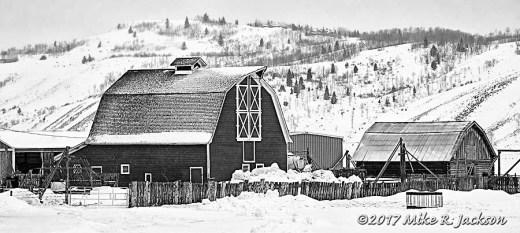 Box L Barn
