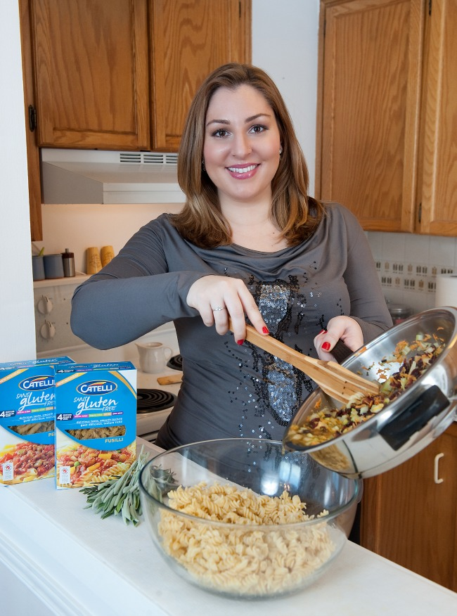 Emily Smith cooking with Catelli www.bestofthislife.com