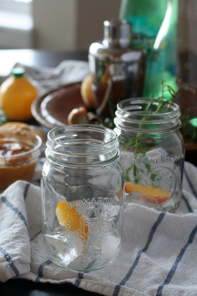 Roasted Peach and Rosemary Fizz Drink #mocktail