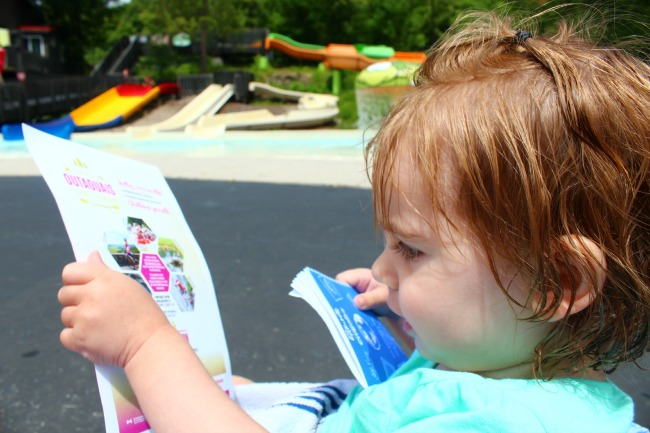Abigail planing our #outaouaisfun itinerary
