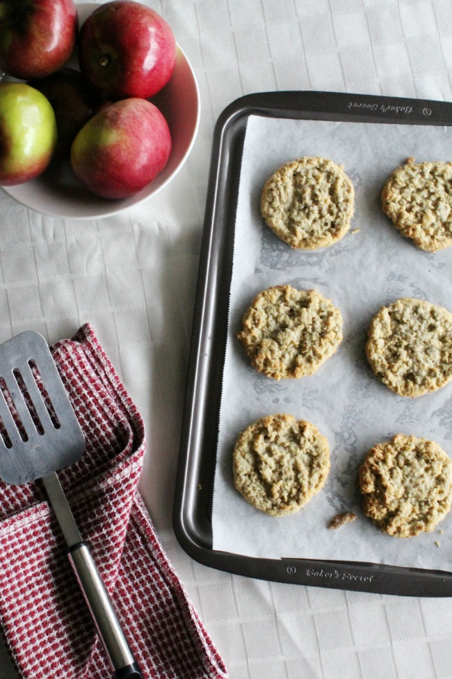 Apple Caramel Oatmeal Cookies