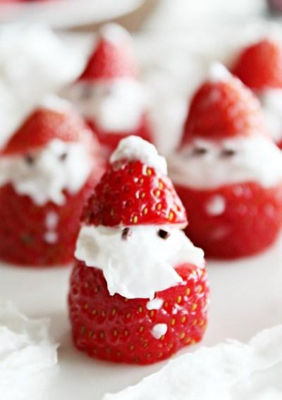 Cute Strawberry Santas #FoodieMamas
