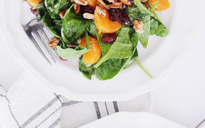 Sweet and Zesty Clementine Spinach Salad For Spring