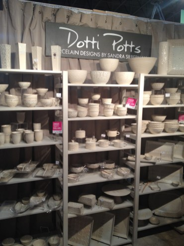 Dotti Potts. A beautiful collection of classic, simple yet elegant porcelain designs.