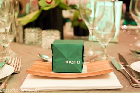 "The Gala dinner's menu folded into a cube, demonstrating Chinese ""zhezhi"""