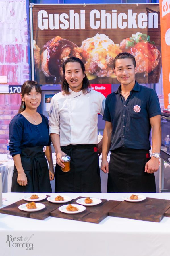 Chef Tetsuya Shimizu of Yanughi (centre), Chef Shinji Yamaguchi of Gushi (right)