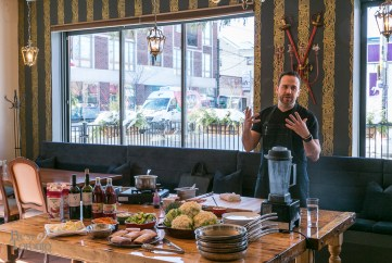Campagnolo's Chef Craig Harding discusses his experience with the Samsung Gear S.