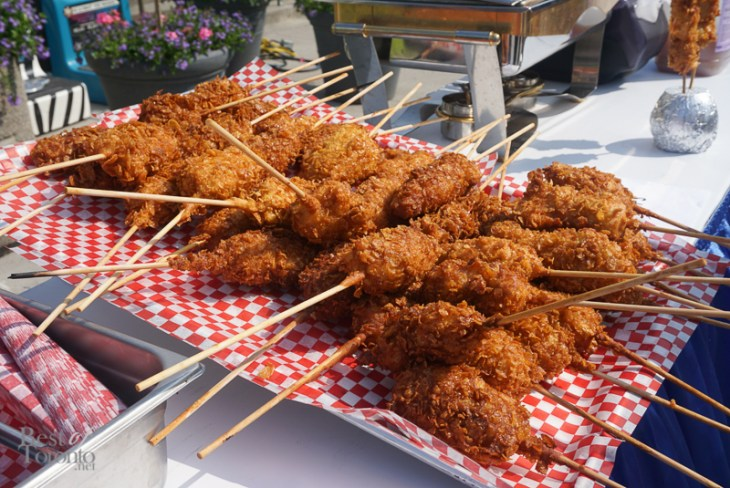 Frosted Flake Battered Chicken on a Stick ( Iron Skillet Sirloin Tips, Food Building)